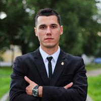 Олег Карнаух
